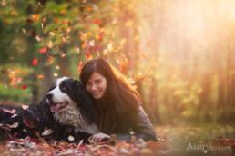 Őszi kutya gazdi fotó